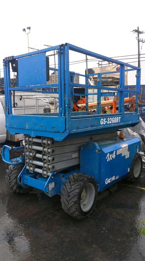 Where to find SCISSOR LIFT 32 X67 X8  4 WHEEL DRIVE in Denver