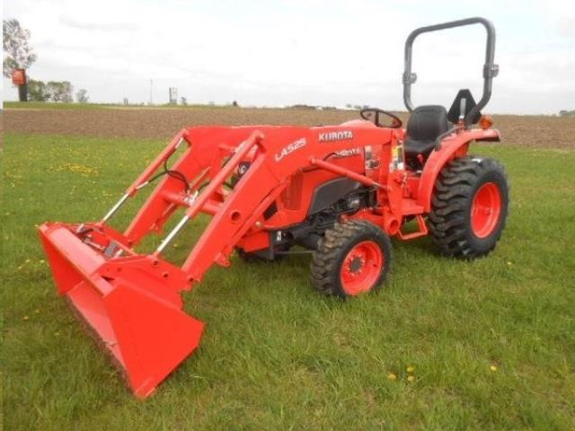 Where to find TRACTOR KUBOTA L3301 in Denver