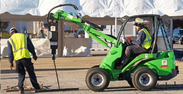 Where to find AVANT 630 ARTICULATED LOADER in Denver